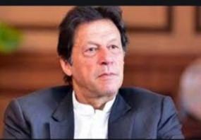 पाकिस्तान को यूरोपीय संघ से झटका, सांसद बोले- भारत में आतंकी चांद से नहीं आते