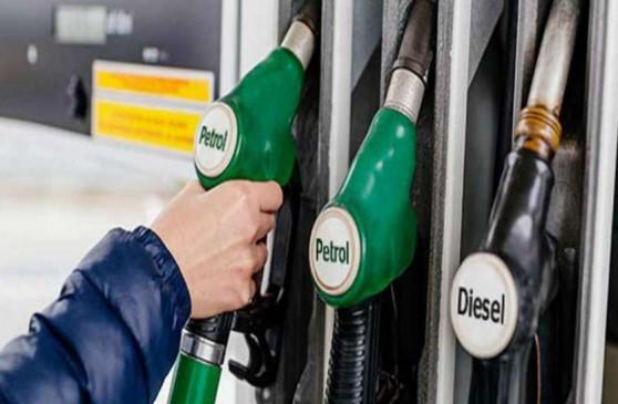 Fuel Price: दिल्ली में पेट्रोल 74.34 रुपए व मुंबई में 80 रुपए प्रति लीटर, जानें अन्य शहरों के दाम