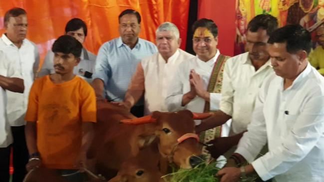 खंडवा में हिंदू-मुस्लिम मिलकर बनाएंगे गाय का अस्पताल