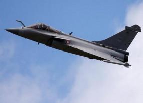 भारतीय वायुसेना को मिला पहला राफेल विमान, एयरफोर्स के डिप्टी चीफ ने भरी उड़ान