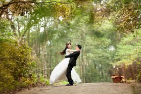 इंडोनेशिया ने शादी के लिए न्यूनतम उम्र सीमा 19 साल की