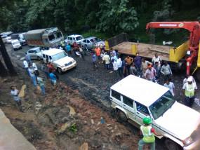 कुरई घाटी नागपुर मार्ग पर लगा जाम 30 किमी. लंबा जाम - डायवर्सन पर फंस रहे वाहन
