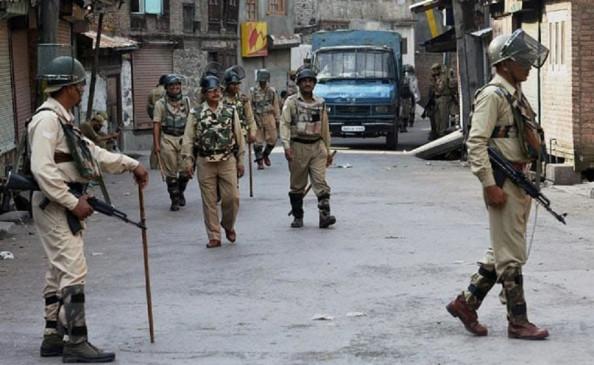 जम्मू-कश्मीर: सोपोर में लश्कर का बड़ा मॉड्यूल ध्वस्त, 8 आतंकी गिरफ्तार