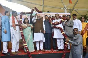 शाह ने भाजपा नेताओं के साथ की बैठक, शिवसेना से बनाए रखी दूरी