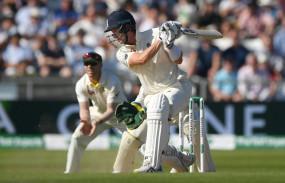 लंदन टेस्ट : इंग्लैंड के पास 382 रनों की बढ़त