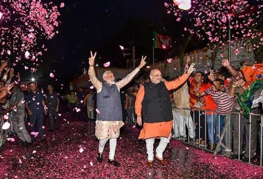 'न्यू इंडिया के इतिहास के पन्नों में दर्ज हुए मोदी सरकार के युगांतरकारी कदम'