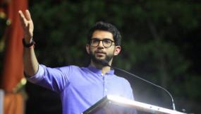 वर्ली से चुनावी मैदान में उद्धव के बेटे आदित्य, पहली बार ठाकरे परिवार का सदस्य लड़ेगा चुनाव