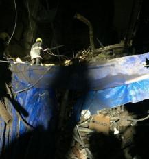 मुंबई के फोर्ट इलाके में तीन मंजिला इमारत गिरी, मलबे से 17 लोग निकाले गए