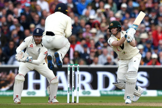 मैनचेस्टर टेस्ट : इंग्लैंड को करारी शिकस्त देकर आस्ट्रेलिया ने कायम रखी एशेज