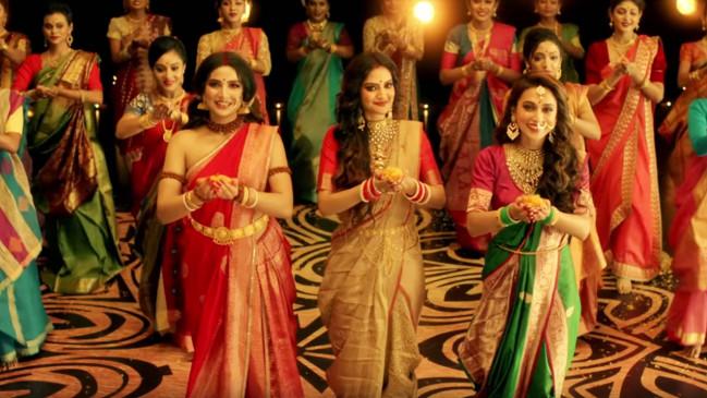 नुसरत जहां और मिमी का दुर्गा पूजा डांस वीडियो वायरल, एक्ट्रेस सुभाश्री गांगुली ने भी दिया साथ