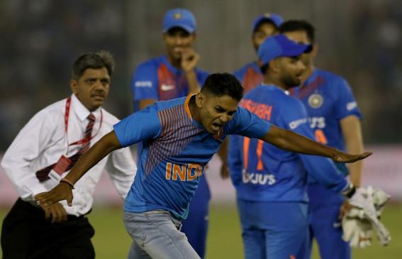 मोहाली टी-20 : डी कॉक का अर्धशतक, भारत को 150 रन का लक्ष्य