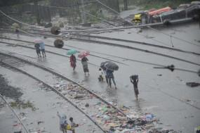 बिहार में बारिश, बाढ़ से ट्रेनों का परिचालन प्रभावित