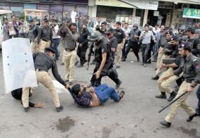 पाकिस्तान : हिंदू विरोधी दंगे के मामले में 218 पर मामला दर्ज