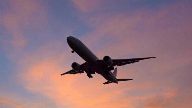 बंगलुरु, दिल्ली और मुंबई के विमान हुए लेट