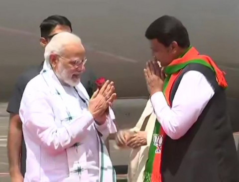 महाराष्ट्र में बोले PM मोदी- 'बयान बहादुरों', राममंदिर का मामला अभी कोर्ट में है