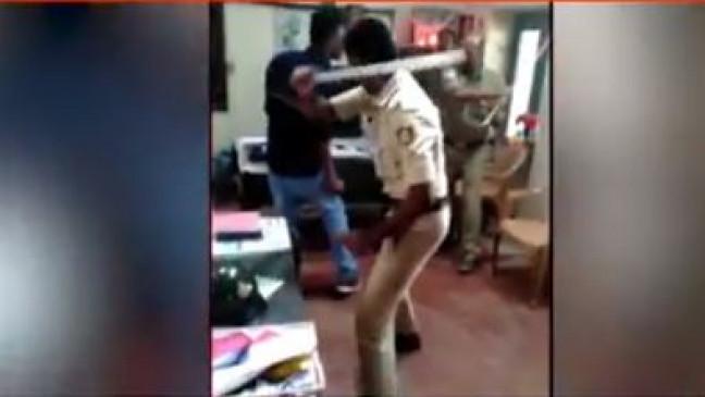 Fake News: हेलमेट नहीं पहनने पर पुलिस ने दो युवको को पीटा ?