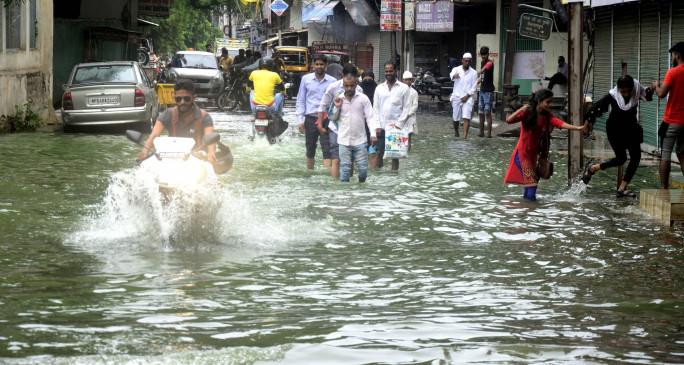 मप्र में बारिश, बाढ़ से 225 मौतें