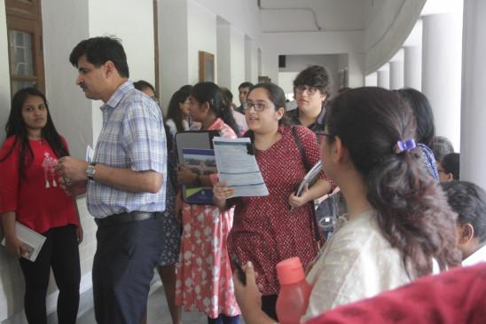 दिल्ली विवि के श्रीराम कॉलेज ऑफ कॉमर्स के हॉस्टल में चोरी, मामला दर्ज