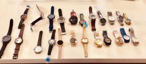 सोशल मीडिया के जरिए नकली घड़ियां बेचने वाला गिरफ्तार
