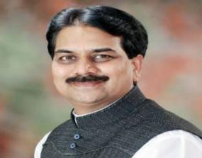 कांग्रेस के पूर्व मंत्री हर्षवर्धन पाटील भाजपा में शामिल