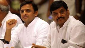शिवपाल की कमजोरी में खुद की मजबूती देख रही समाजवादी पार्टी