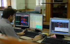 शेयर बाजार में मजबूती कायम, शुरुआती कारोबार में सेंसेक्स 112 अंक ऊपर