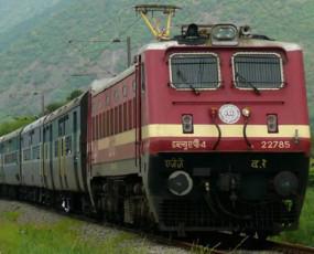 तत्काल टिकट बेचकर रेलवे हुआ मालामाल, चार साल में कमाए 25 हजार करोड़ रुपए