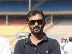 भारतीय टीम के नए बैटिंग कोच विक्रम राठौड़ ने कहा- वनडे में मध्यक्रम की समस्या का समाधान जल्द करना होगा