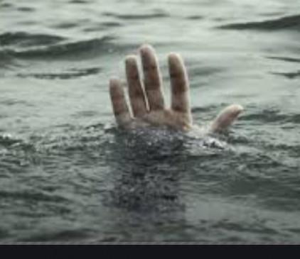 महाराज सागर तालाब के पास मिली युवक की लाश, क्षेत्र में फैली सनसनी