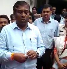 विस्थापितों ने केन्द्रीय मंत्री को बताई अपनी समसया - कुटेश्वर माइंस 40 साल से मुआवजा दे रहा न जाब