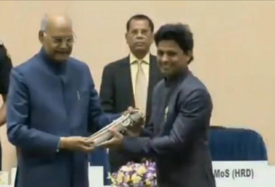 महाराष्ट्र के तीन शिक्षक हुए राष्ट्रीय पुरस्कार से सम्मानित, पुरस्कार विजेता शिक्षकों का बने परिषद- तावडे
