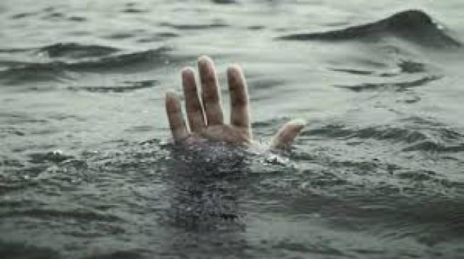 गणेश विसर्जन करने गए तीन युवक उमरार नदी में बहे, दो को बचाया