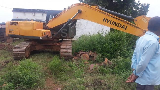 ट्रैक्टर पलटा, चालक की मौत-चौरई के ग्राम मोहगांव में हुआ हादसा