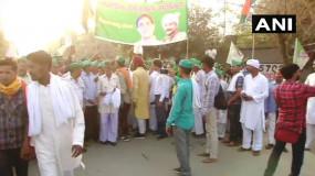 दिल्ली पहुंचे किसानों का प्रदर्शन खत्म, मोदी सरकार ने मानी 5 मांगें