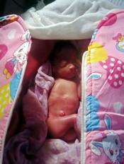 कचरे के ढेर में नवजात बालिका को छोड़ गई माता, उपचार के दौरान मौत