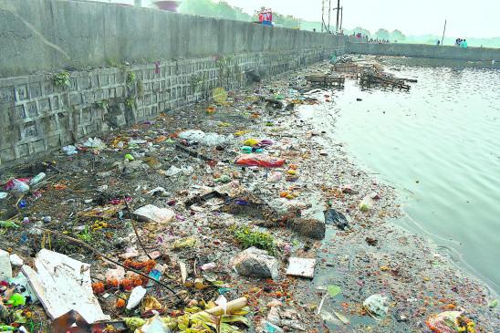 फुटाला सहित शहर के तालाब हुए प्रदूषित, कई जगहों पर नहीं लगाए गए कृत्रिम टैंक