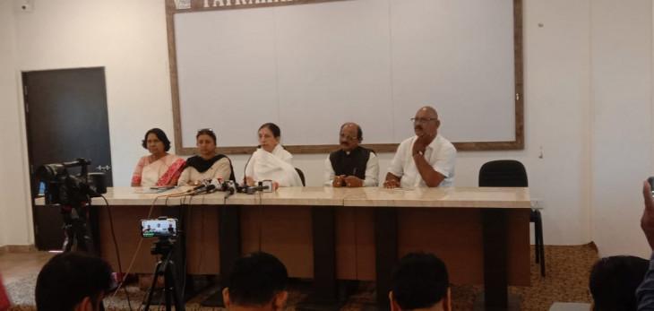 चुनाव लड़ने की राजनीति से सुलेखा कुंभारे ने किया स्वयं को दूर-स्पष्ट की स्थिति
