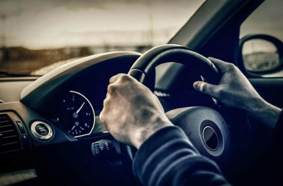 रिसर्च: 6 में से 1 युवा ड्राइविंग के समय करता है स्नैपचैट का इस्तेमाल