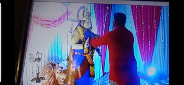 सीसीटीवी से देवी की मूर्ति से हार चोरी करने वाला गिरफ्तार