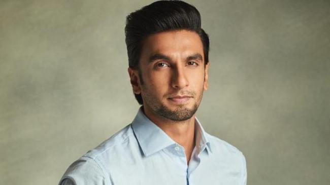 रणवीर सिंह ने मुंडवा ली अपनी मूंछें, कैप्शन में लिखा 'ऐ चिकने'