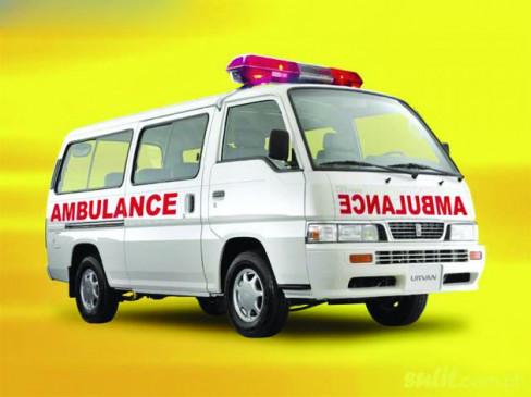 मेडिकल से मरीज को ले जा रहा थानिजी अस्पताल , एंबुलेंस चालक को सुरक्षा रक्षक ने रंगे हाथ दबोचा