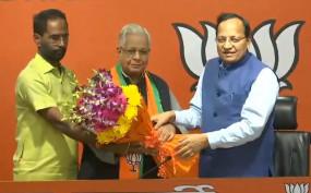 पांच दशक से कांग्रेस में रहे अम्मार रिजवी BJP में शामिल