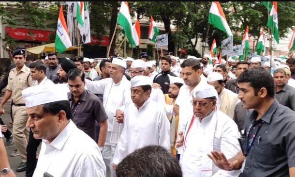 गांधी जयंती पर कांग्रेस की पदयात्रा, सीएम कमलनाथ हुए शामिल