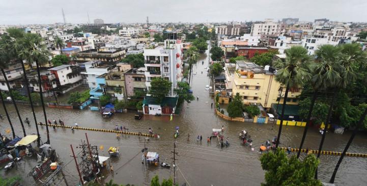 बिहार में बाढ़ का कहर: अब तक 40 की मौत, बारिश रुकने के बाद राहत कार्य तेज