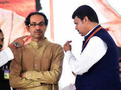 खींच-तान : शिवसेना को मुख्यमंत्री पद नहीं देगी बीजेपी, विपक्ष की शह पर भी शाह की नजर
