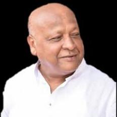 कांग्रेस के घोषणा पत्र में भाजपा के गोपालदास अग्रवाल का नाम, राकांपा उम्मीदवार ने वापस लिया नामांकन