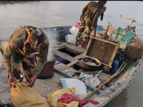 गुजरात के कच्छ में मिली दो पाकिस्तानी नाव, हाई अलर्ट