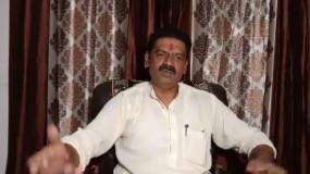 बीजेपी नेता का बयान, धनतेरस पर सोना नहीं तलवार खरीदे