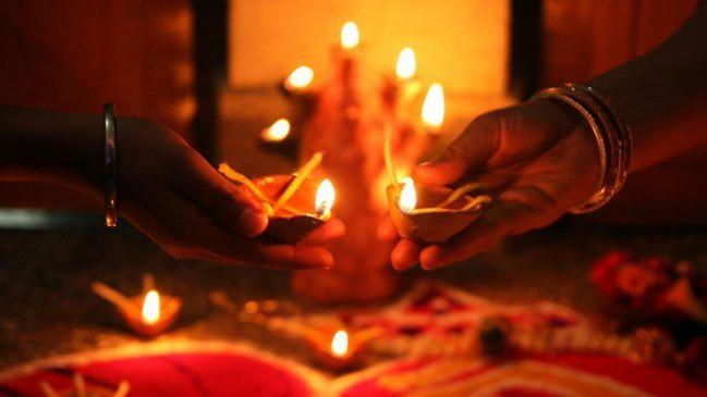 छोटी दीपावली: इस पूजा से टलेगी अकाल मृत्यु, जानें शुभ मुहूर्त