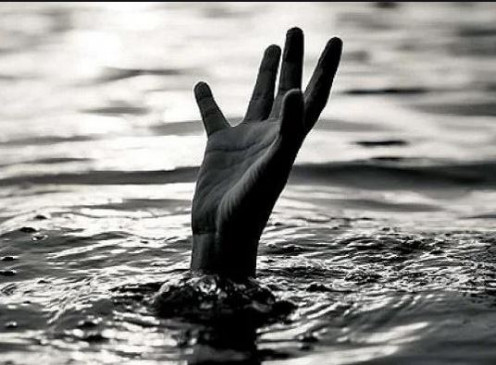 निवार नदी में युवक की जलसमाधि - ग्रामीणों की सहायता से पुलिस ने निकाला शव
